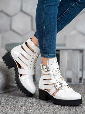 czas na buty botki stylowo i modnie z Allani